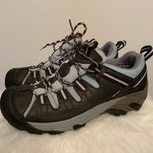 Keen Dry Shoes Women's Size 10